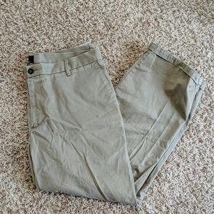 Docker's Signature Khaki Pant | Men's 38 x 29